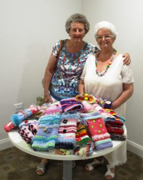 Forget fidget spinners – generous 'twiddle muff' donation helps aged care residents keep their hands busy